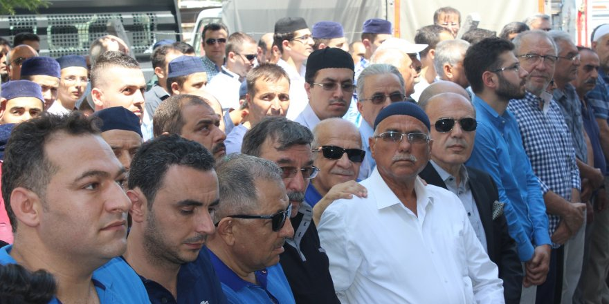 Ahmet Kolat toprağa verildi