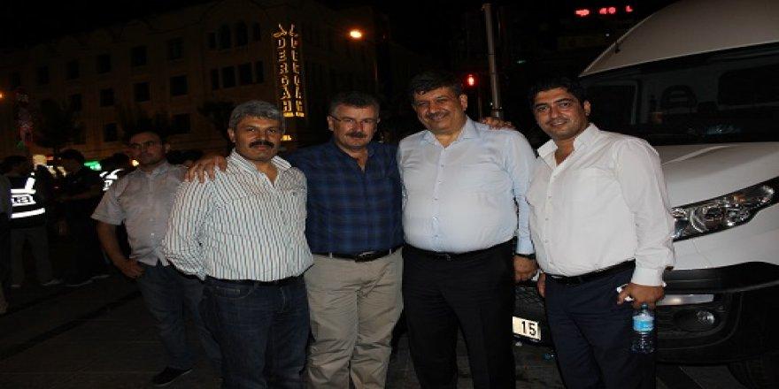 Rektör Bayram Sade Başkanlarla bir arada