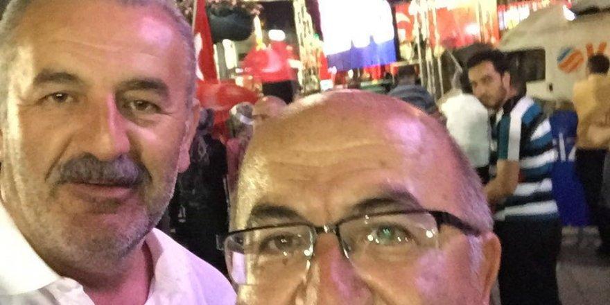 Ali Osman Soydemir ve Süleyman Benli Meydan'da