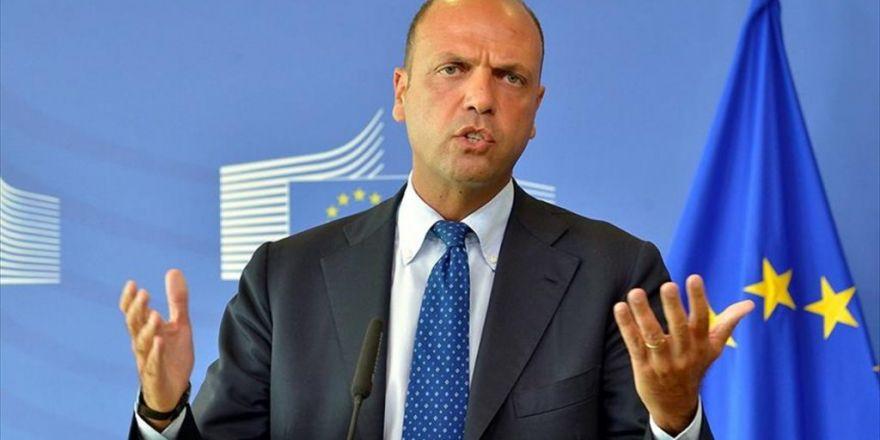 İtalya İçişleri Bakanı Alfano: Türkiye Kapıları Açarsa Bu Bütün Avrupa İçin Yıkıcı Olur