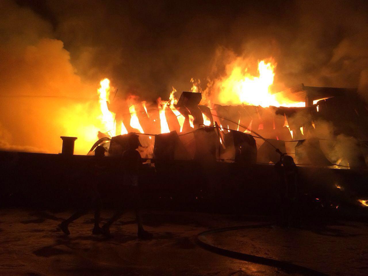 Marsan'daki yangın büyüyor - VİDEO