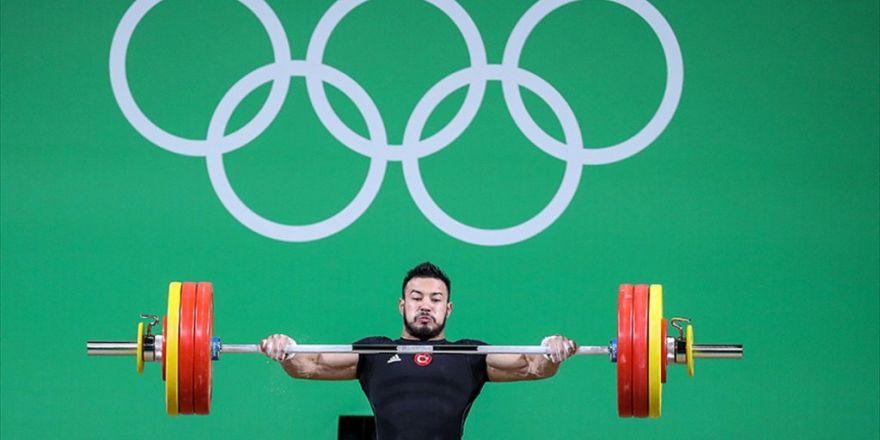 Rio'da İlk Madalya Halterden