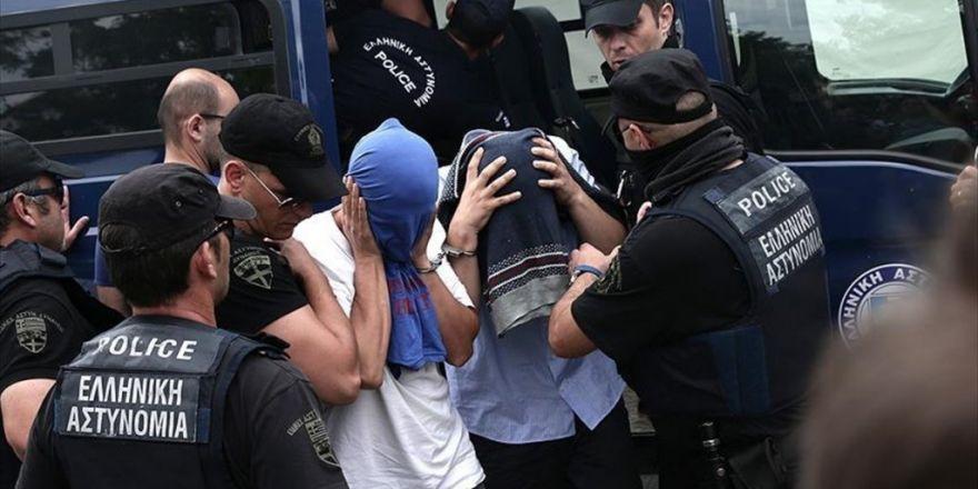 Yunanistan'a Kaçan Darbeci Askerler İçin İade Süreci Başlatıldı