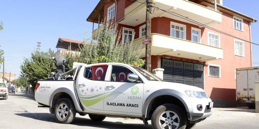 Meram'da haşereyle mücadele çalışmaları sürüyor