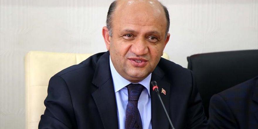 Milli Savunma Bakanı Işık: Fetö Terör Örgütünün Sadece Tsk'dan Tasfiyesi Yeterli Değil