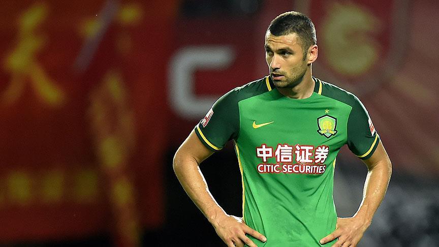 Burak Yılmaz Çin'deki ikinci golünü att