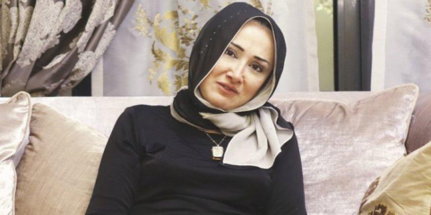 Köprüdeki darbecilere Erdoğan'ı izleten kadın: 'Silah bıraktılar'