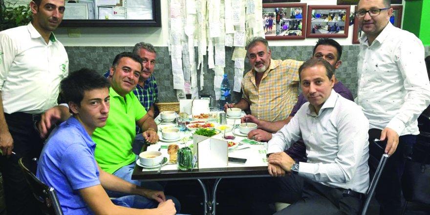 Gurbetçilerimiz Başkan Karabacak ile Küçüker Halk Etliekmek'te