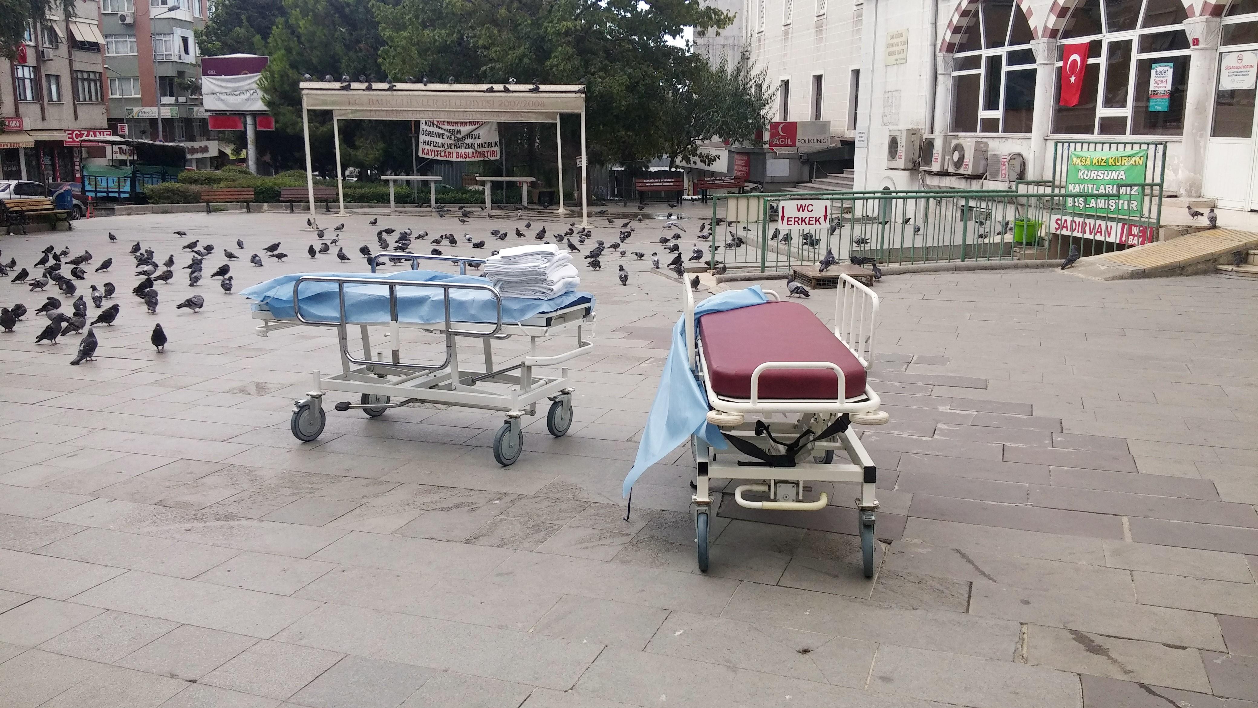 Hastanede çıkan yangında can pazarı