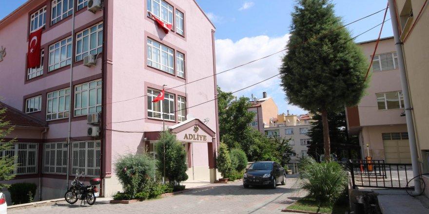 Beyşehir'de bir sağlık çalışanı tutuklandı