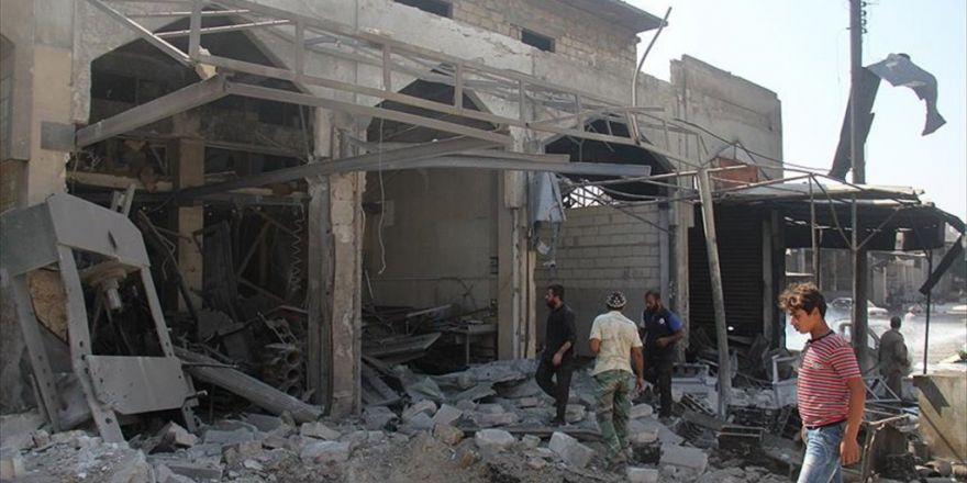 Rejim Güçleri Ve Rus Jetleri İdlib'i Bombaladı: 5 Ölü, 11 Yaralı