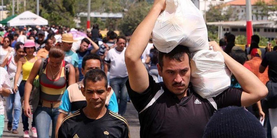 Venezuela-kolombiya Sınırı Geçişlere Açıldı