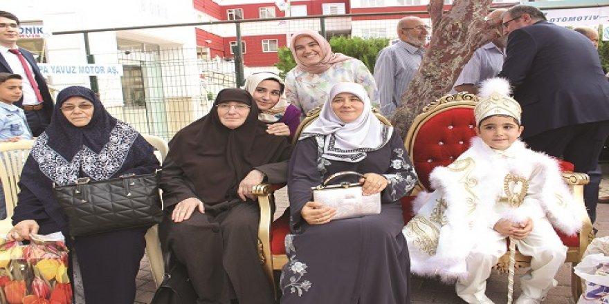 Muhammed Emin sünnet oldu