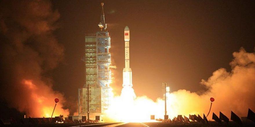 Dünyanın İlk Kuantum Telekominkasyon Uydusu Fırlatıldı