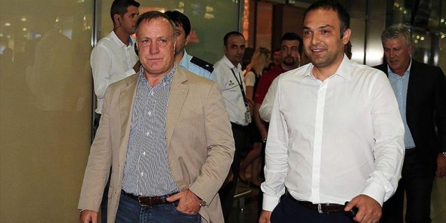 Advocaat, Fenerbahçe'nin 71. Teknik Direktörü Olacak