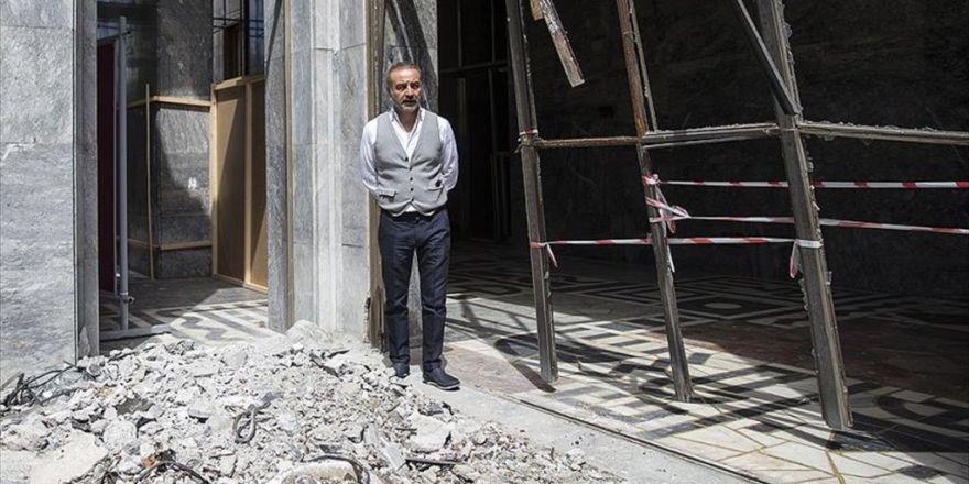 Sanatçı Yılmaz Erdoğan, Hakkari İçin Tbmm'yi Ziyaret Etti
