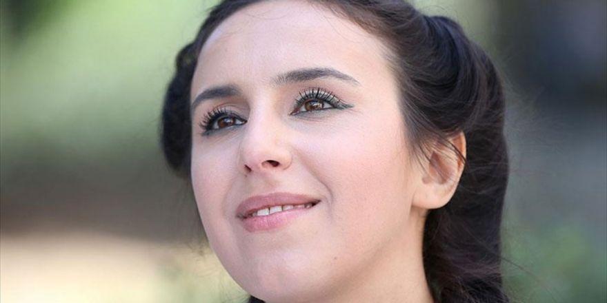 Kırımlı Tatar Sanatçı Jamala Müzikseverlerle Buluşacak