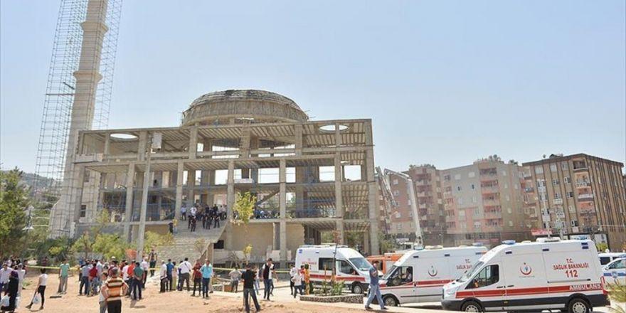 Mardin'de Cami İnşaatı Çöktü: 5 Yaralı