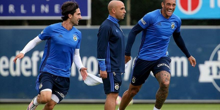 Fenerbahçe Avrupa'daki 207. Maçına Çıkıyor