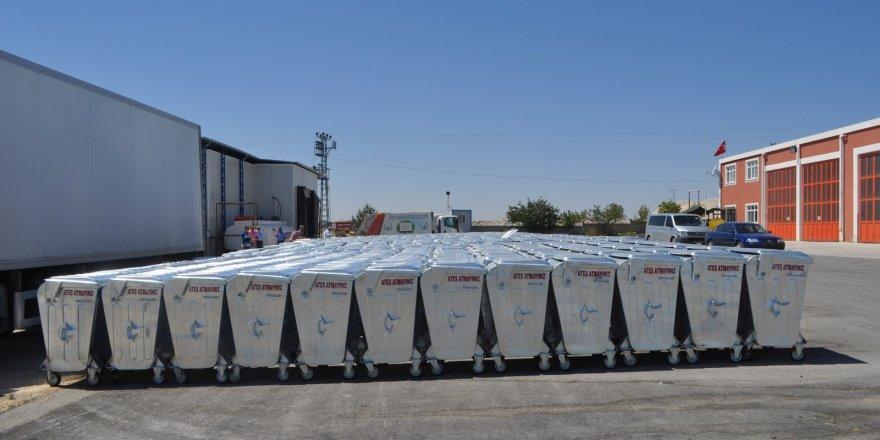 Cihanbeyli'ye 500 adet yeni çöp konteyneri