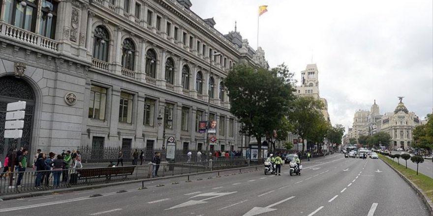 İspanya'da Kamu Borcu Asırlık Rekor Kırdı