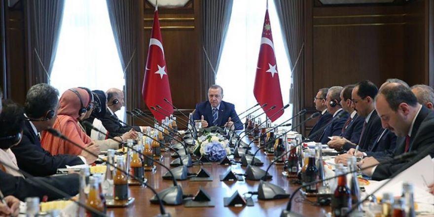 Erdoğan, Pakistan Senatosu Ve Milli Meclisi Milletvekillerinden Oluşan Heyeti Kabul Etti