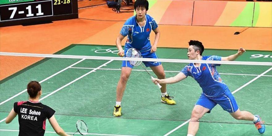 Badmintonta İki Kategoride Madalyalar Dağıtıldı