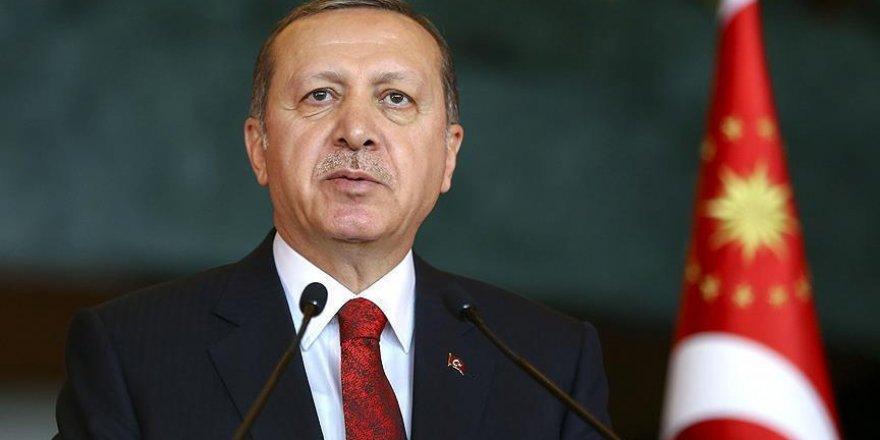 Erdoğan: Vatanımızı bölmeye eli kanlı örgütlerin nefesi de takati de yetmeyecek