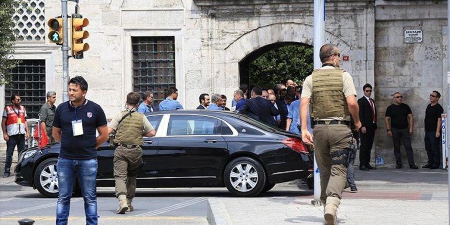 Cumhurbaşkanı Erdoğan Şehitler İçin Gerçekleştirilen Mevlit Merasimine Katıldı