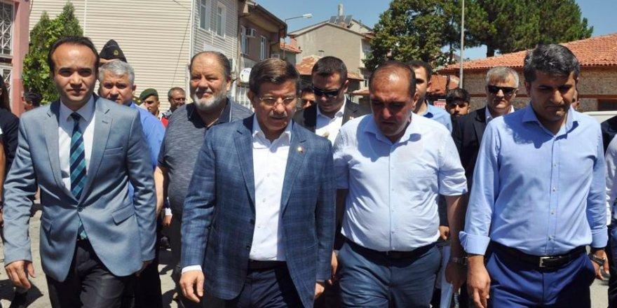 """Davutoğlu: """"Terörün hedefi bütün milletimizdir"""""""