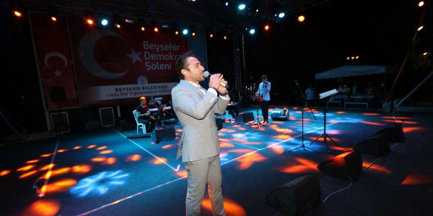 Uğur Arslan, Demokrasi Şöleninde Beyşehirlilerle bir araya geldi