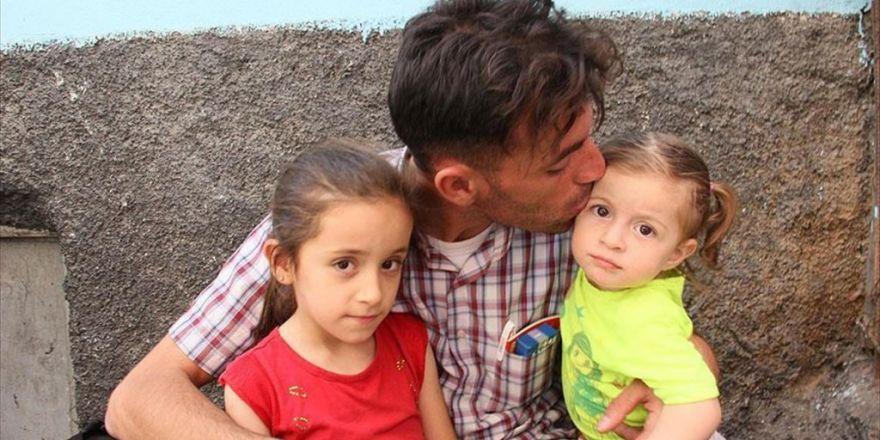 Saldırıda Kızı Ve Kardeşini Kaybeden Özer Yaşadıklarını Anlattı