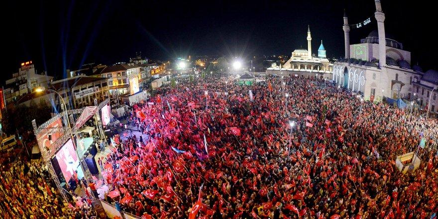 Büyükşehir'den 15 Temmuz Şehitler ve Milli İrade Dayanışma Gecesi