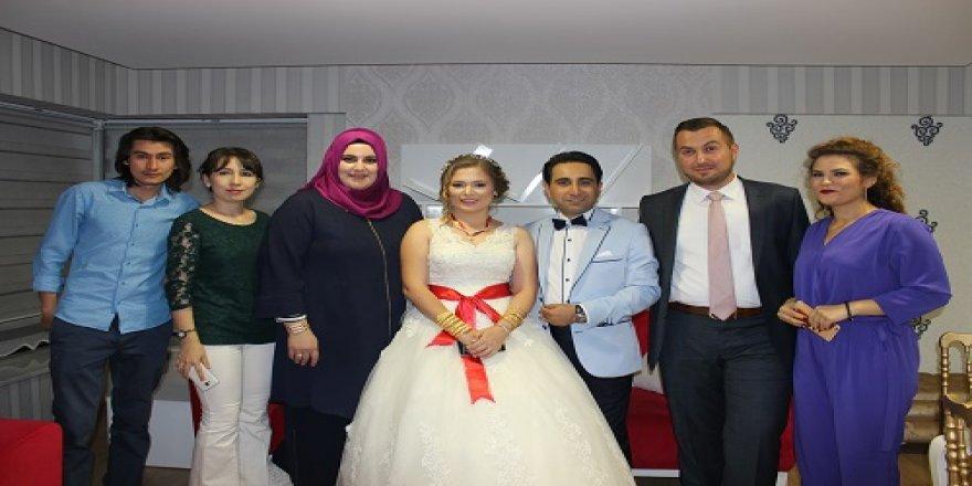 Kaynak ile Doğruer ailelerinin çocukları evlendi