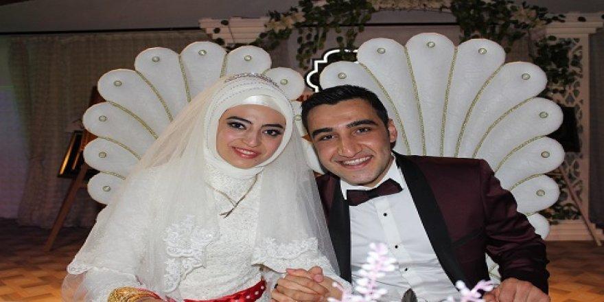 Naile ile Ahmet Mavera'da dünya evine girdiler