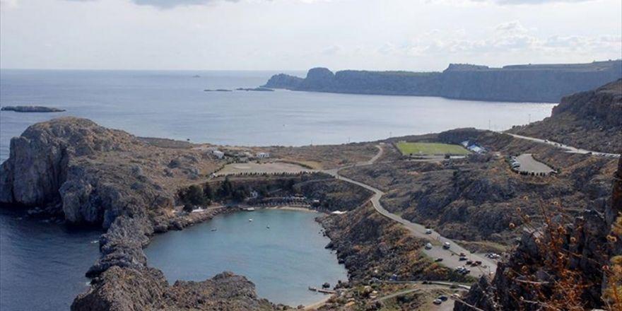 Yedi Türk Vatandaşı Yunanistan'a Kaçtı