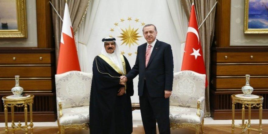 Erdoğan,  Kralı İsa Bin Salman ile görüştü