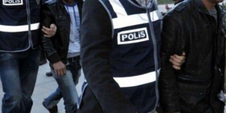 Sarayönü'ndeki FETÖ operasyonuna 4 tutuklama!