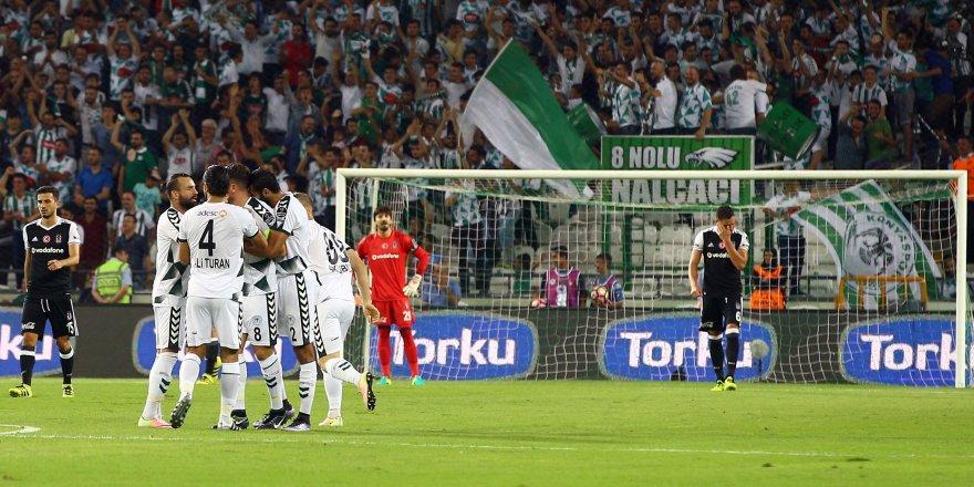 Atiker Konyaspor: 1 - Beşiktaş: 1 (İlk yarı)