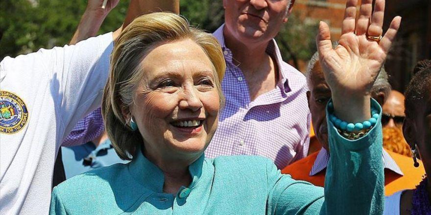 Abd'de Gençlerin Çoğunluğu Clinton'u Destekliyor