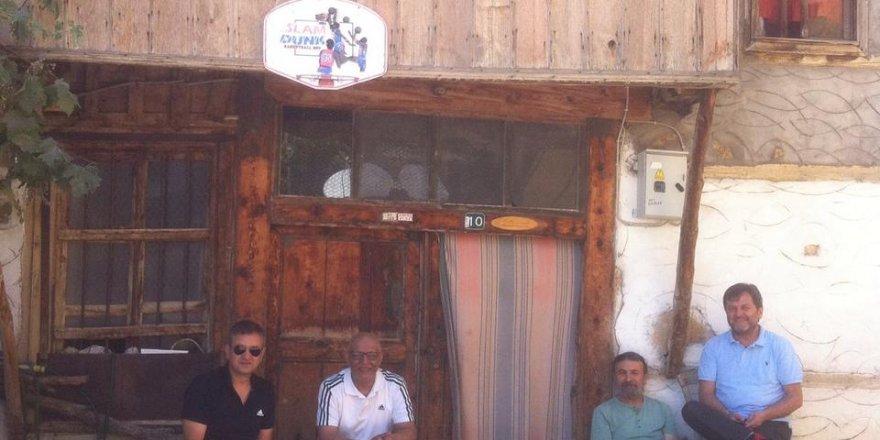 Ahmet Çapanoğlu, Hüseyin Akıncı,  Seyfi Erkan ve Soner Demirel Üstünler'de