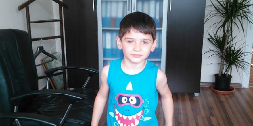 Kerem Buğra babasını ziyarette