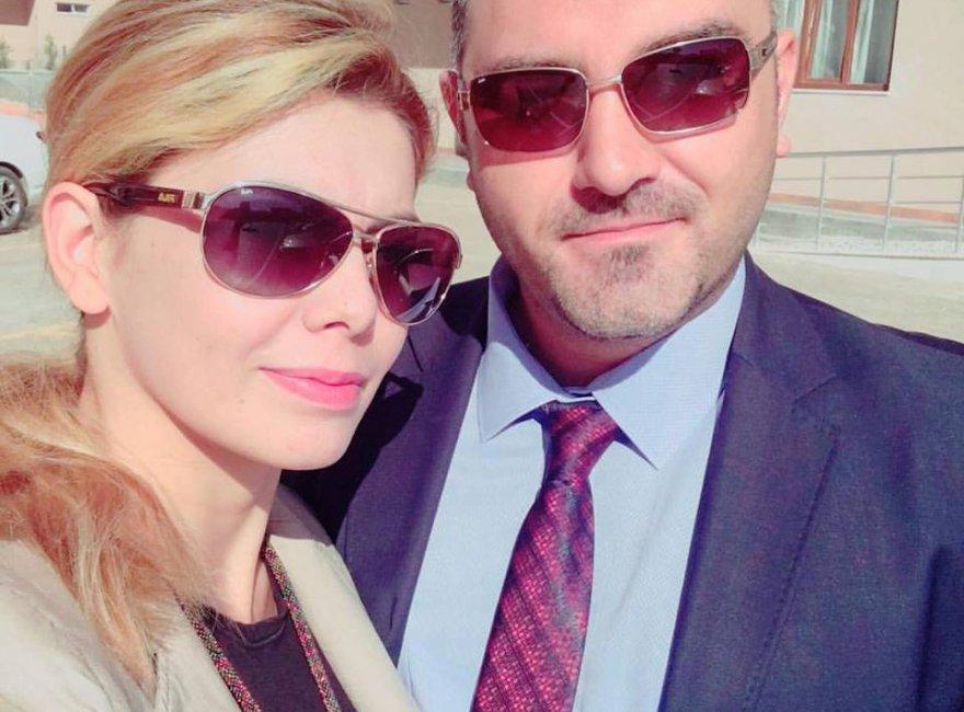 Ayşe ve Hasan Doğan çiftinden selfie