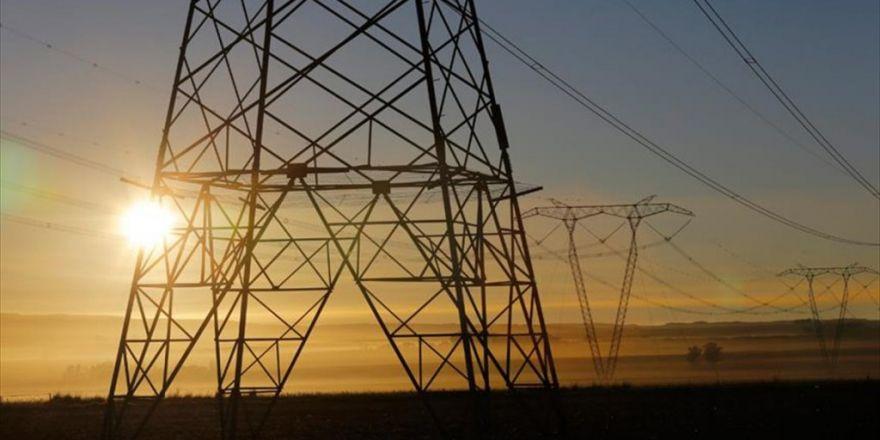 Türkiye'nin Elektrik İthalatı Yüzde 46 Azaldı