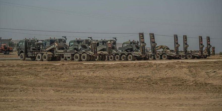 Tank Ve Zırhlı Personel Taşıyıcılar Sınırın Türkiye Tarafında Bekliyor