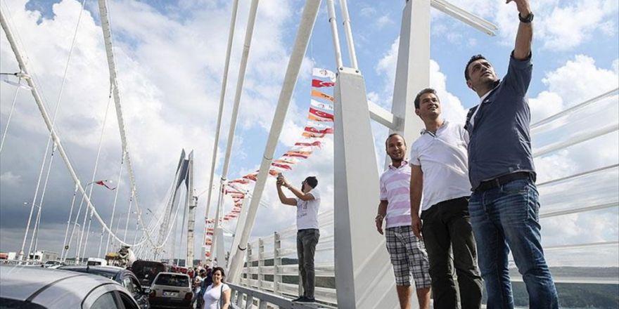 Yavuz Sultan Selim Köprüsü'ne Vatandaşlardan Yoğun İlgi