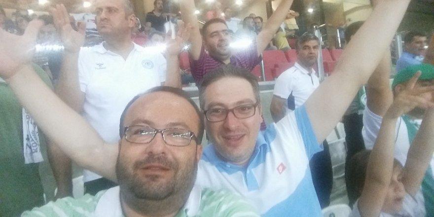 Mehmet Oğuzhan Petekçi Arena'da