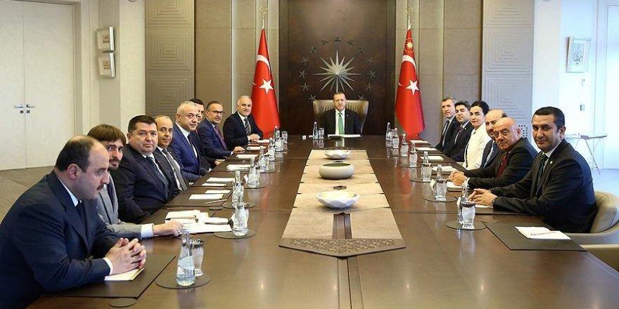 Erdoğan kurban vekaletlerini Kızılay'a verdi