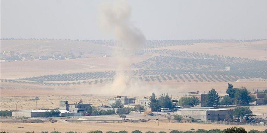 Tank Ve Zırhlı Personel Taşıyıcılar, Sınırın Türkiye Tarafında Bekleyişini Sürdürüyor