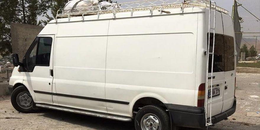 Saldırıda Kullanılacağı İhbar Edilen Minibüs Cizre'de Ele Geçirildi